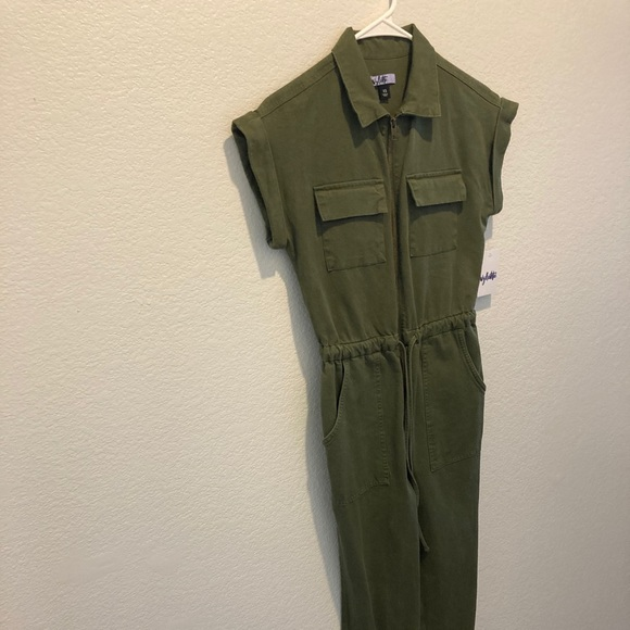 Vylette Olive Green Jumpsuit Size XS NWT